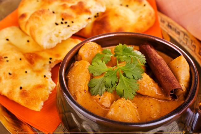 indian curry with naan bread